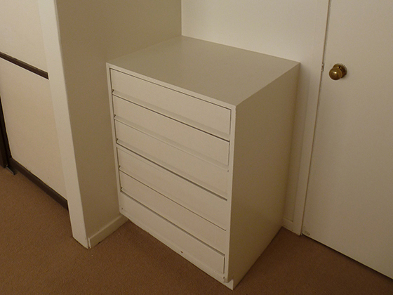 guest-room-drawer-unit