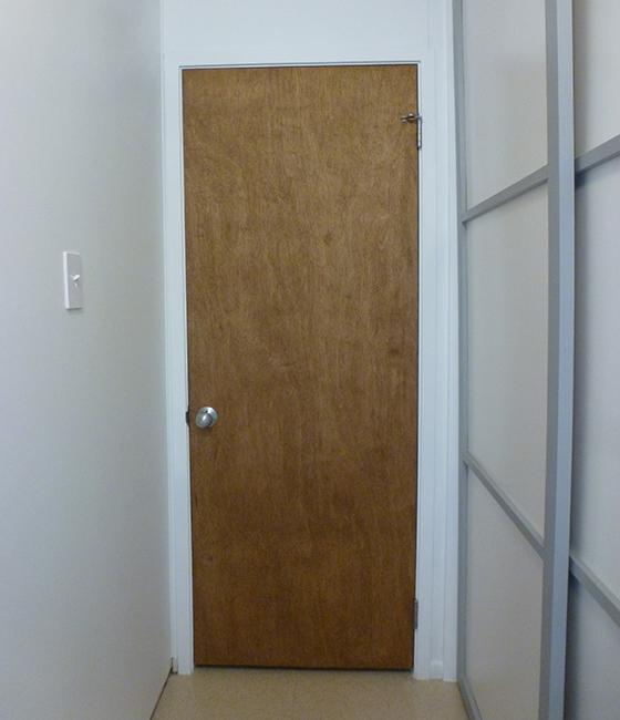 master-hallway-door