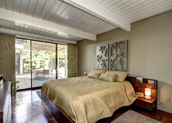 6449-master-bed
