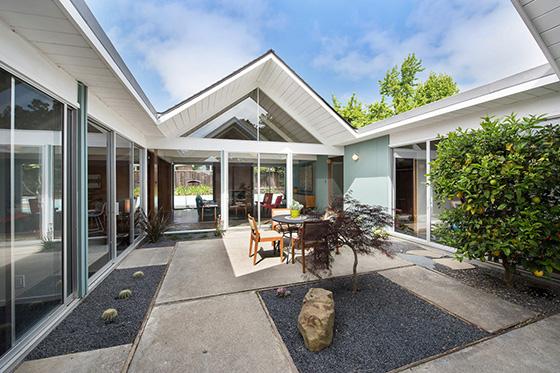 5890-greenridge-atrium