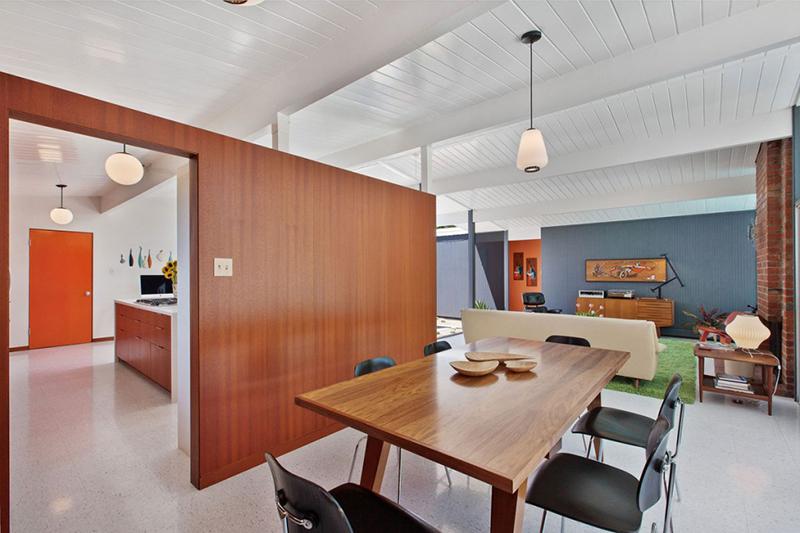 4095-phoenix-st-kitchen-dining