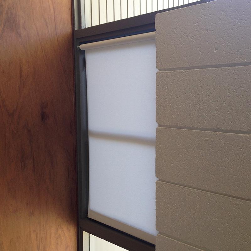 ap-room-window-blind