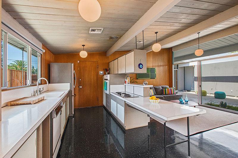 4149-sacramento-st-kitchen-atrium