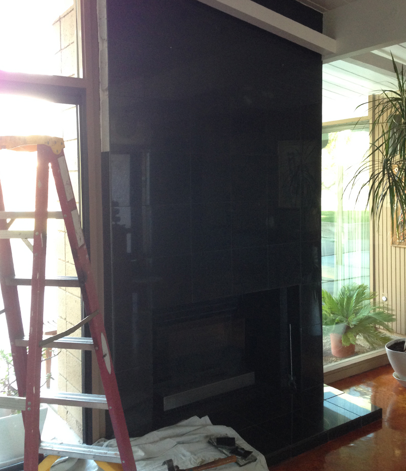 K+G-fireplace-all-black