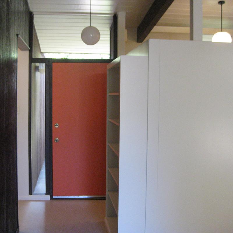 pre-sale-door