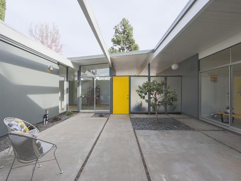 586-s-woodland-atrium-door