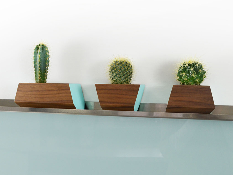 kitchen-refresh-boxcar-planters