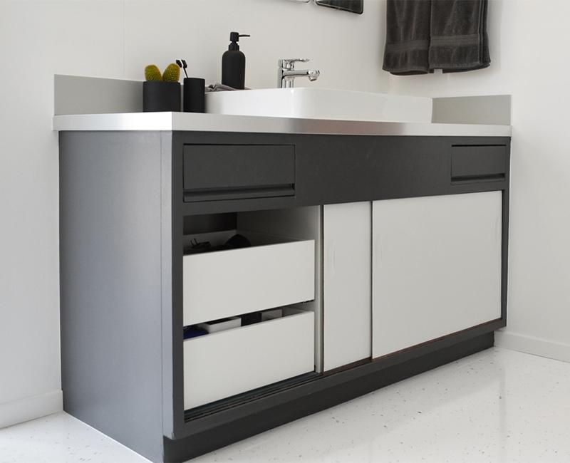 master-bath-vanity-drawers