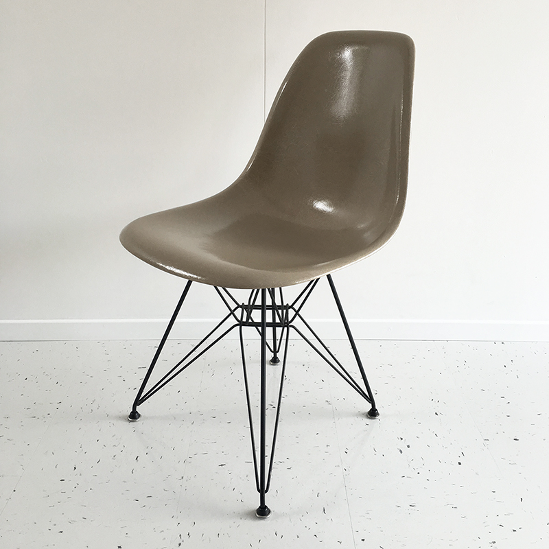 shell-chair-morning