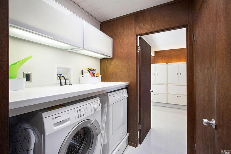 28-arcangel-laundry