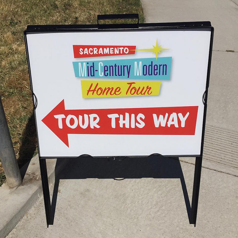 sacMCMhometour-sign