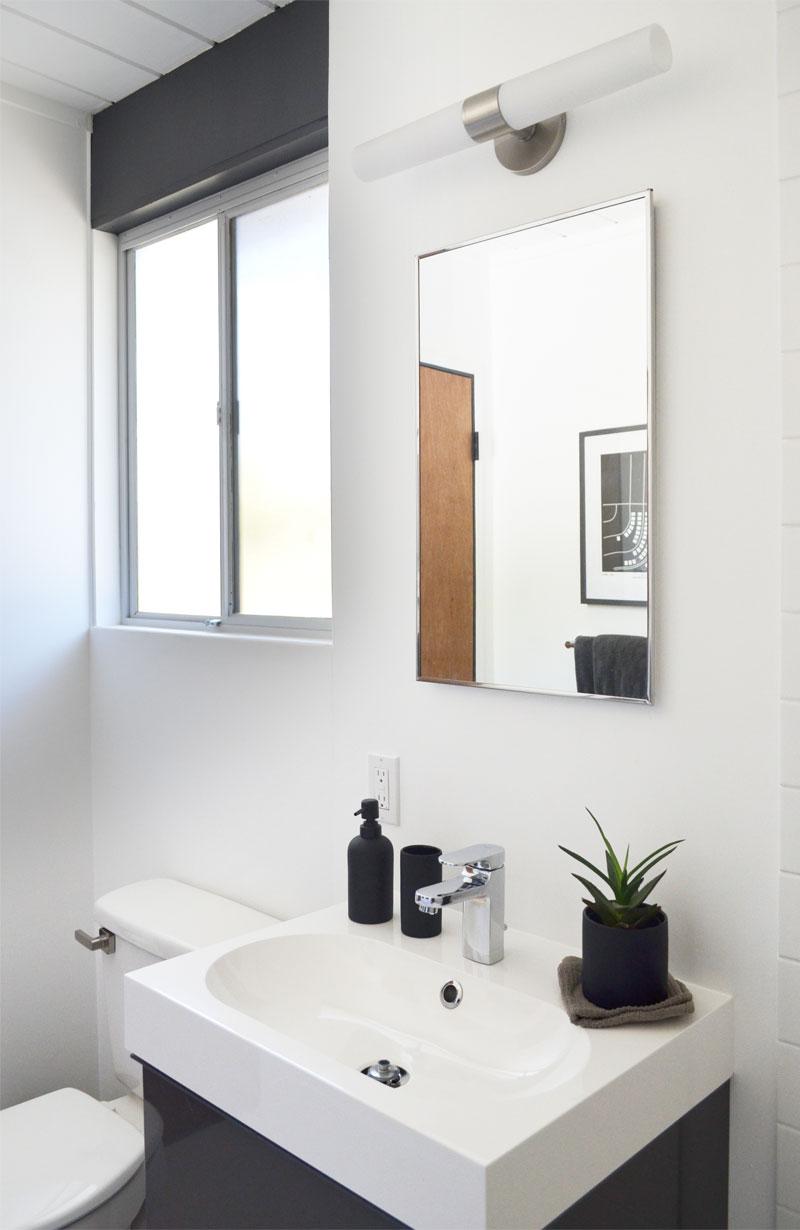 guest-bath-window-beam