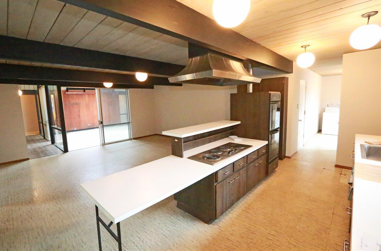 2419-brighton-kitchen-atrium