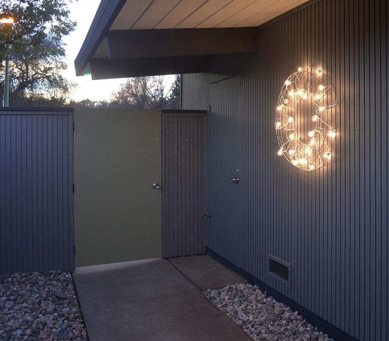 eichler-sparkle-courtyard